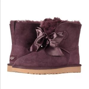 Women's Shoes UGG GITA Bow Mini Boots